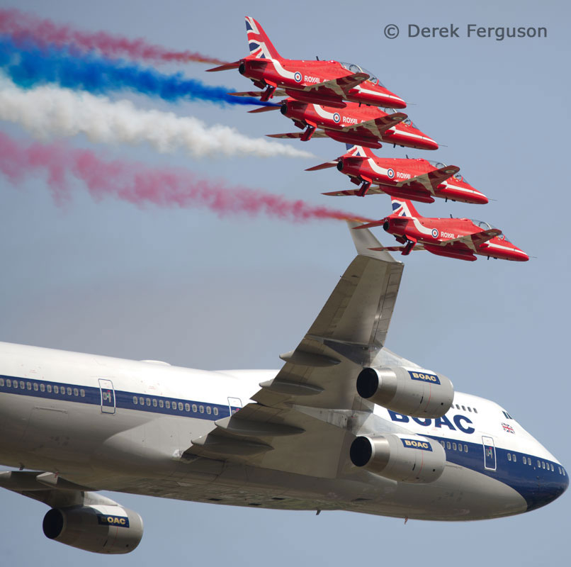 Aviation Free-For-All - Boeing 747 & Red Arrows by Derek Ferguson